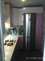 "Кухонный гарнитур ""Лиловый металлик и Белый металлик"" фартук обои под стеклом 3х1.9х1.9м"
