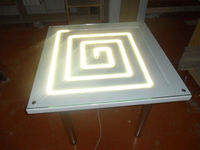 Стол с подсветкой для бокалов