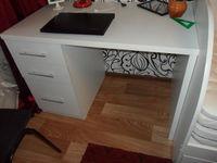 Письменный стол белый, 3 яшика, крашка 32мм